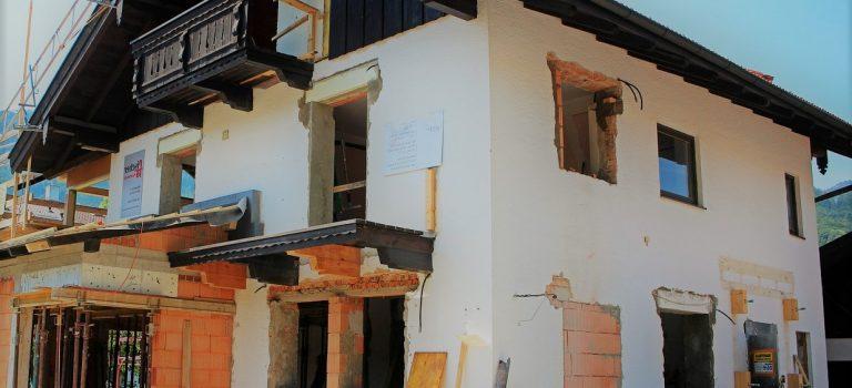 Travaux rénovation maison: comment ça marche?