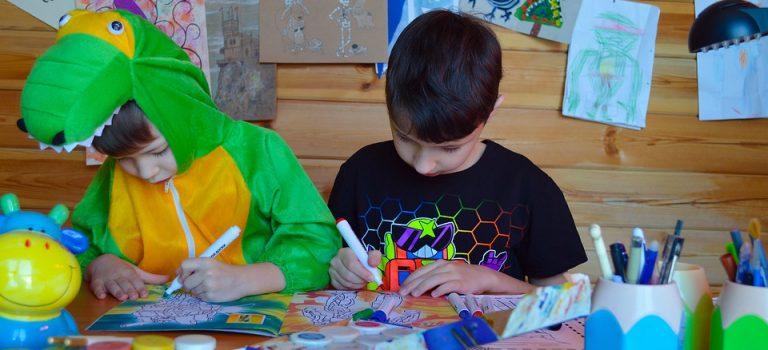 Comment occuper les enfants avec des activités en crèche